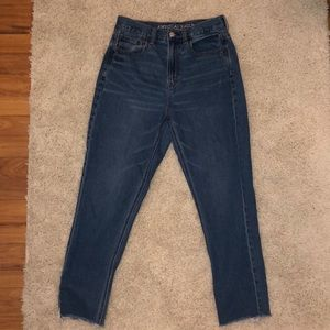 American eagle Mom jeans size 2